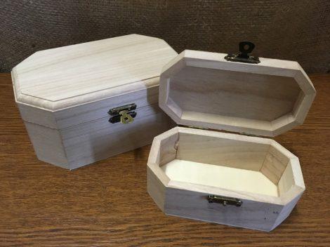 Fa láda (doboz), fém csatos, NYOLCSZÖG alapú, KÖZEPES (16*10*7,5 cm)