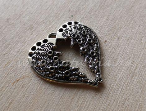 Fém medál, strasszolható - szív alakú angyalszárny, ezüst színű