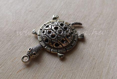 Fém medál, strasszolható - teknős alakú, ezüst színű
