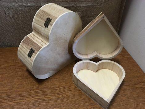 Szív alakú doboz, nyitható fedéllel, KÖZEPES (16*15*6)