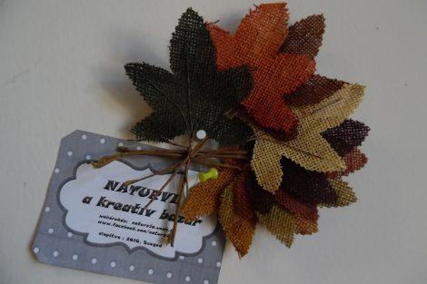Szines festett őszi juta levelek (műnövény, művirág) 17 cm BARNA-ZÖLD-KRÉM-NARANCS (8 db / cs)