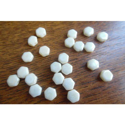 Honeycomb (hexagon) gyöngy, TELT BÉZS / VANÍLIA (10 db / csomag)
