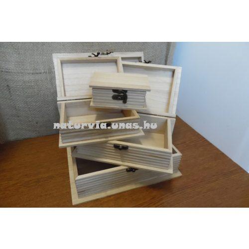 Fa doboz, fém csatos, KÖNYV alakú (15,5*10,5*6 cm), KICSI