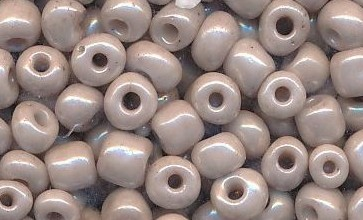 Kásagyöngy, selyemfényű 4 mm, VILÁGOS KÁVÉ (10 g)