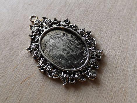 Fém medál - ovális, antik ezüst színű