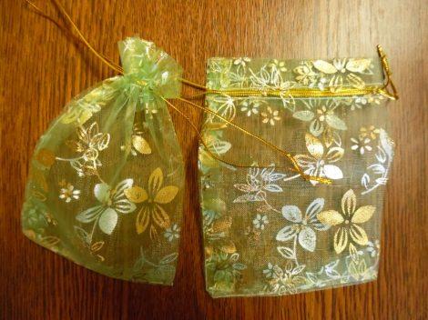 Organza tasak, díszzacskó 9*13 cm, ZÖLD virág mintás